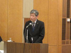 講演する山形県企画振興部佐々木昭喜次長